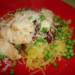 spaghetti squash with grilled chicken and sun dried tomtatoes