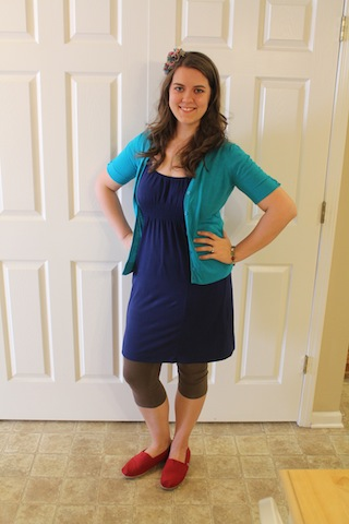 blue dress, turquoise sweater, brown leggings, TOMS