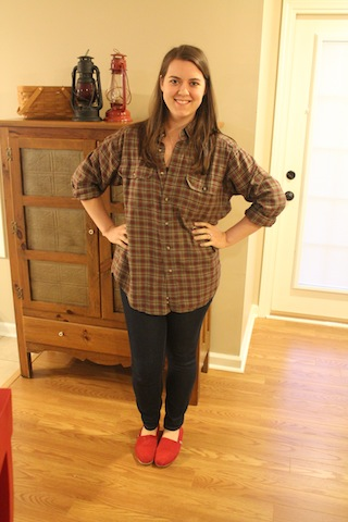 skinny jeans, TOMS, and oversized flannel shirt