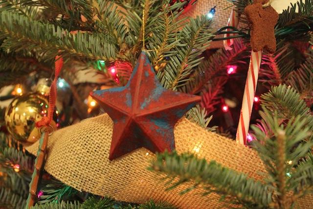 barn star ornament