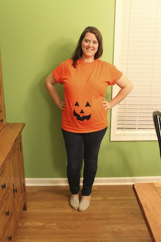 DIY pumpkin belly maternity shirt