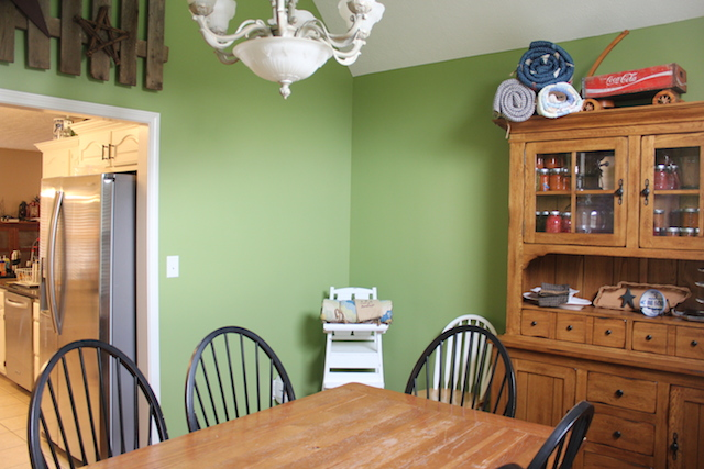 green dining room 2