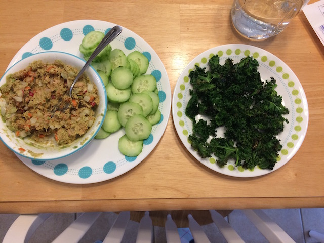 #whole30 lunch avocado tuna, cucumbers, and kale chips