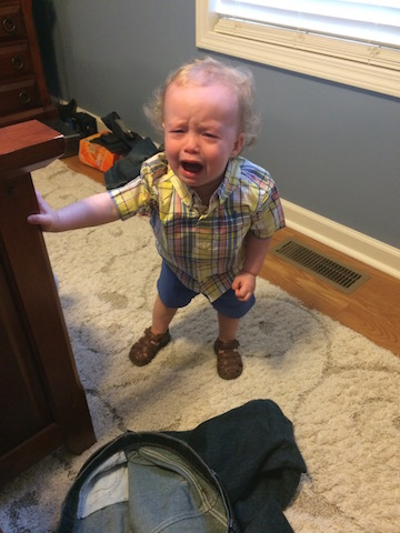toddler who hates shoes