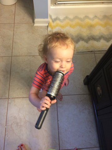 using a hairbrush as a microphone