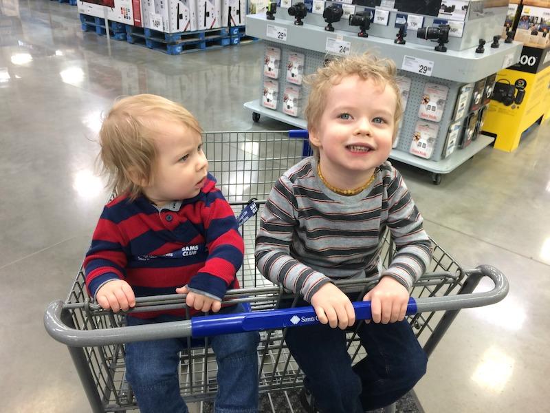 shopping cart at Sam's