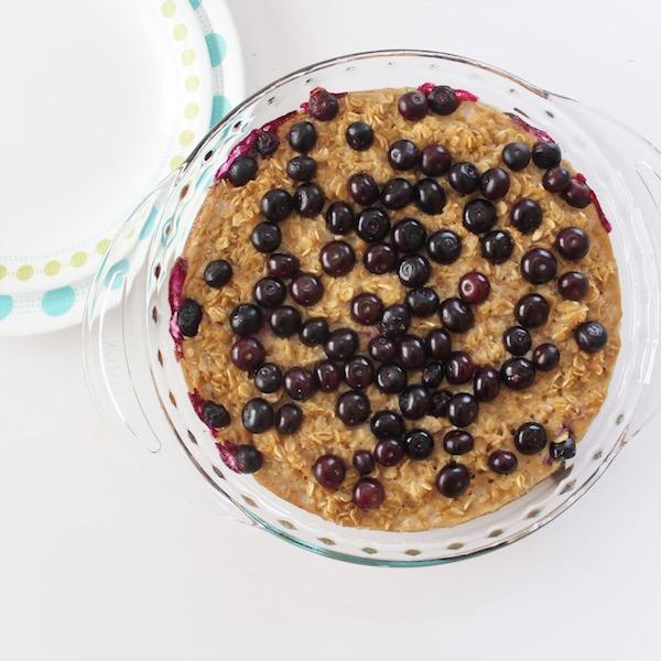 Briana Thomas blueberry baked oatmeal