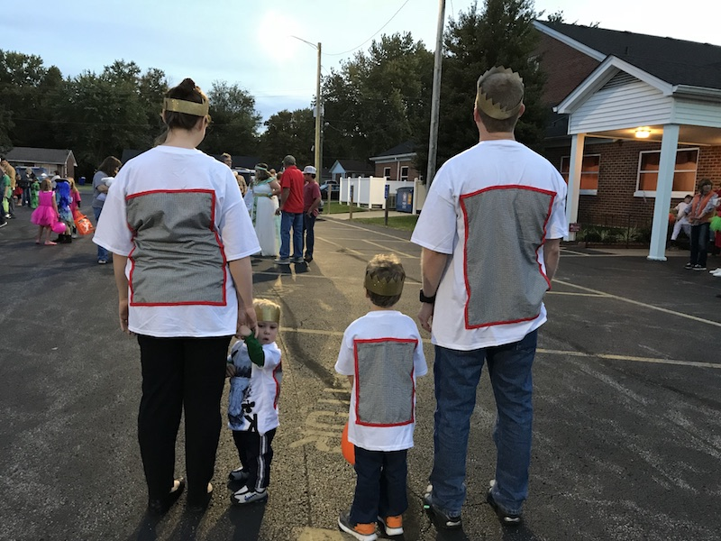family playing card costume